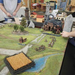 Auf der Hobby- und Freizeitmesse in Altlandsberg  #tabletop #tabletopgame #tabletopgames #wargames #wargaming #maerkischeschlachtfelder #maerkische_schlachtfelder #messe #dennisgraf #saga #warhammer #bloodbowl  #freebootersfate  #freebootersfate2 #Scifi